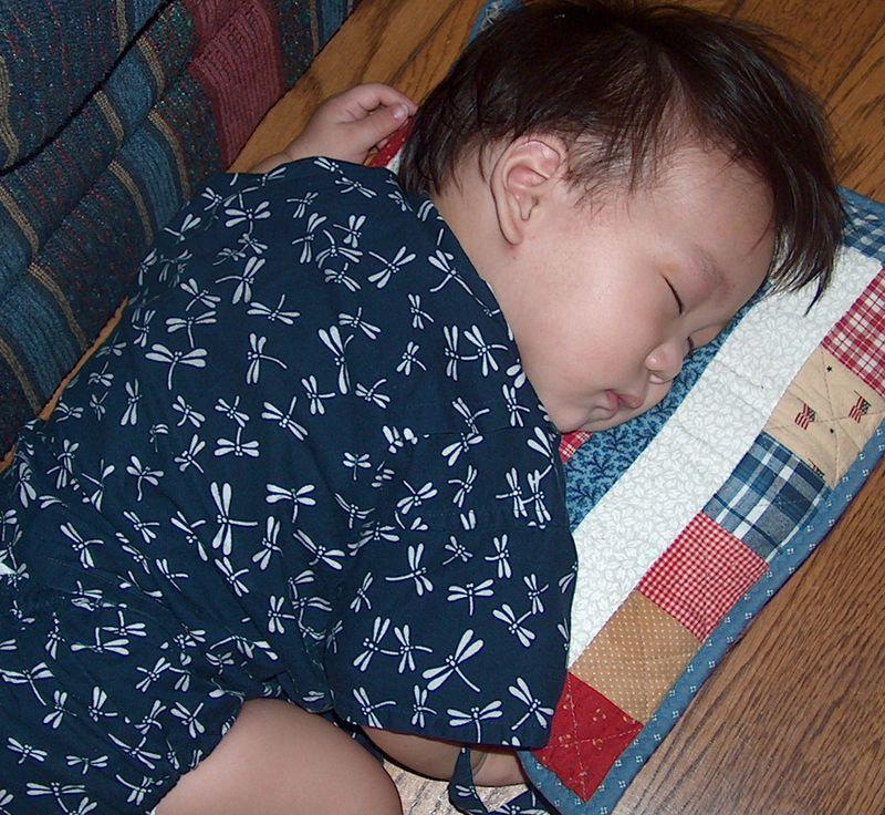 Noah jinbei pillow HPIM1700