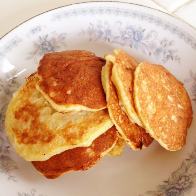 Banana egg pancakes