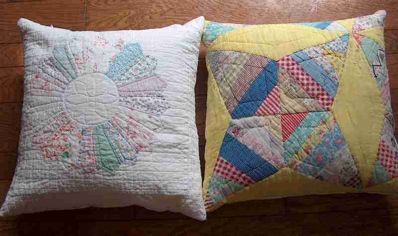 Pillows_two_for_auction_hpim9289