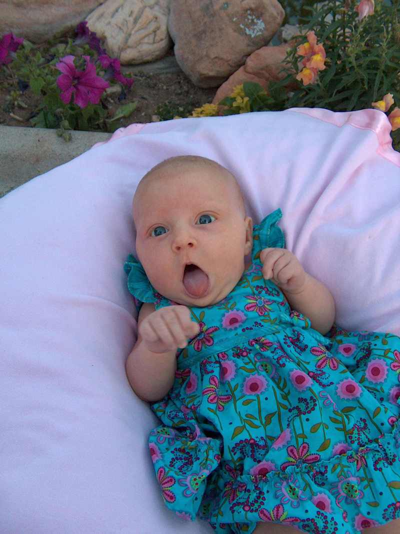 Gracie_1_month_mouth_open