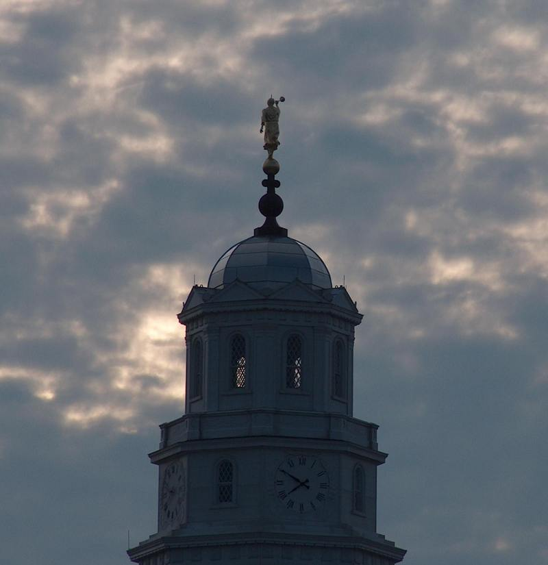 Nauvoo_temple_steeple