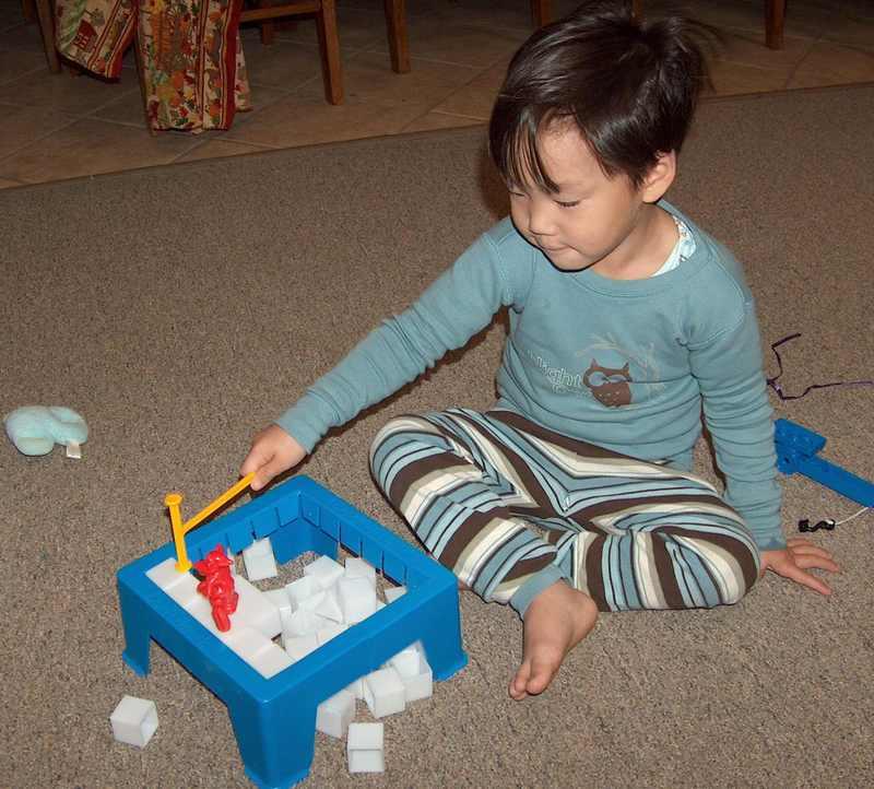 Noah_playing_break_the_ice_2