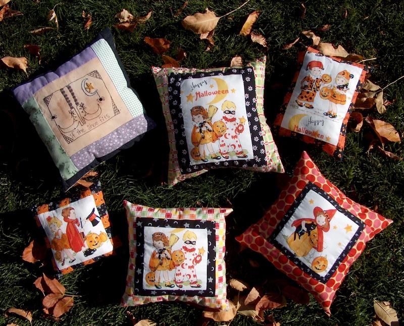 Halloween_pillows