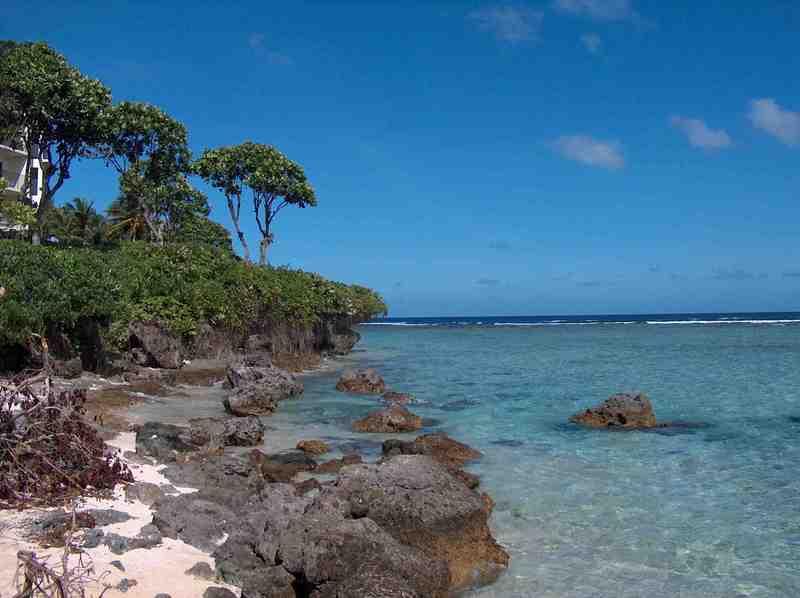 Guam_looking_past_our_beach_hpim8982